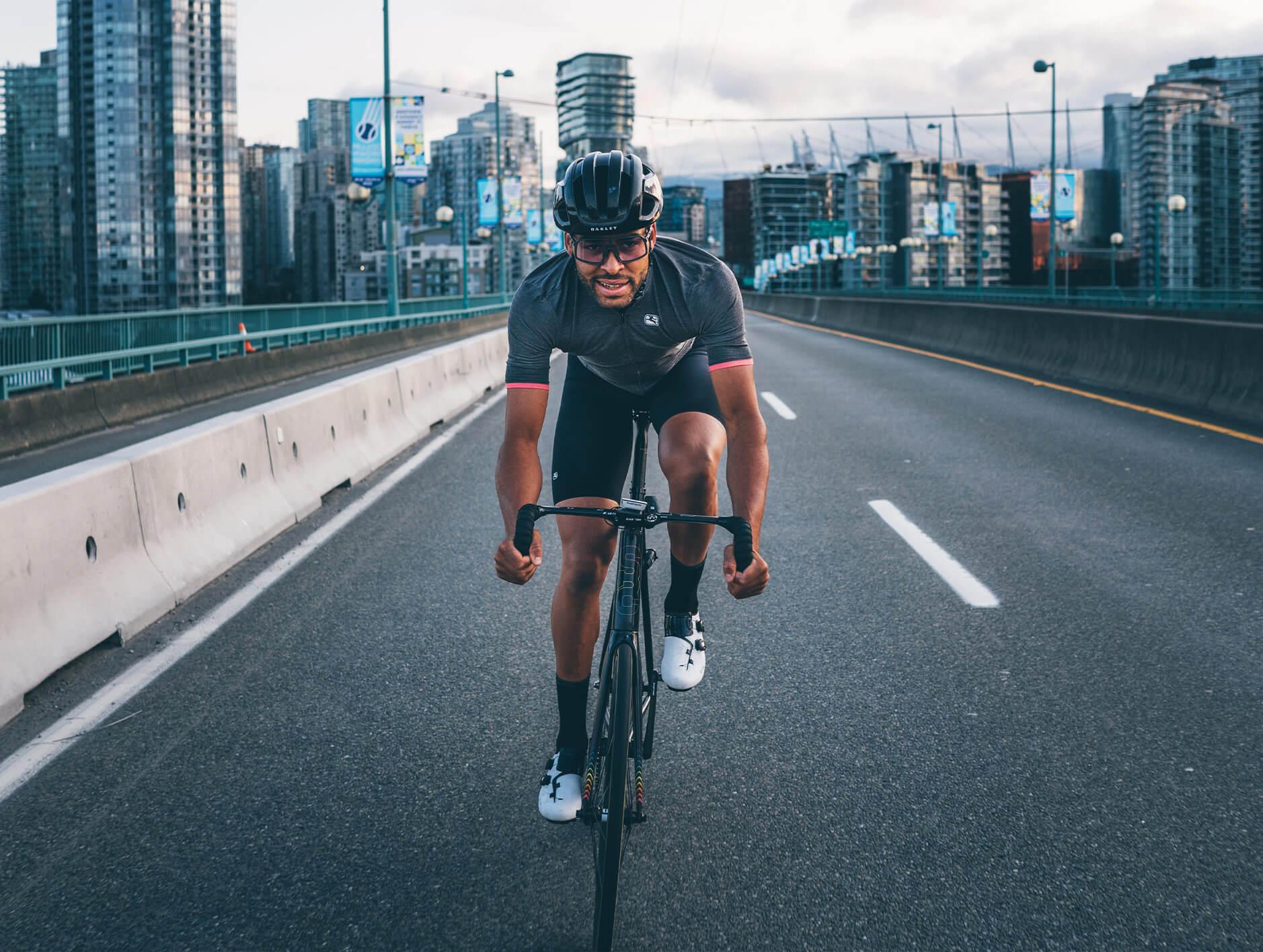 giordana-cycling-bib-short-guide-lungo-square-2