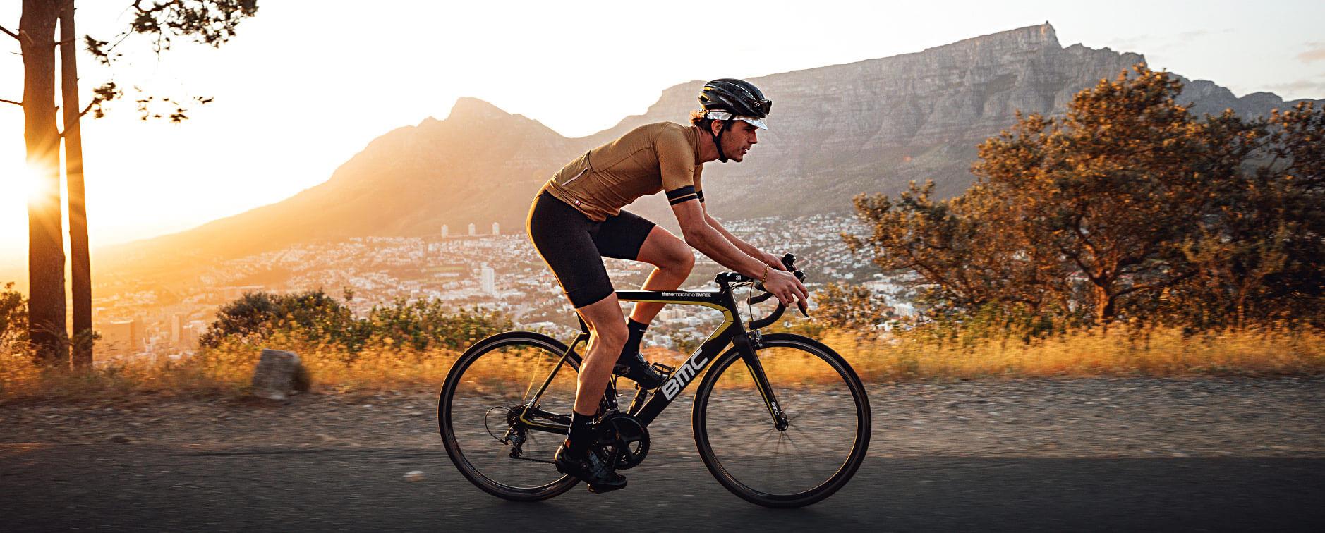 giordana-cycling-bib-short-guide-men-hero-1
