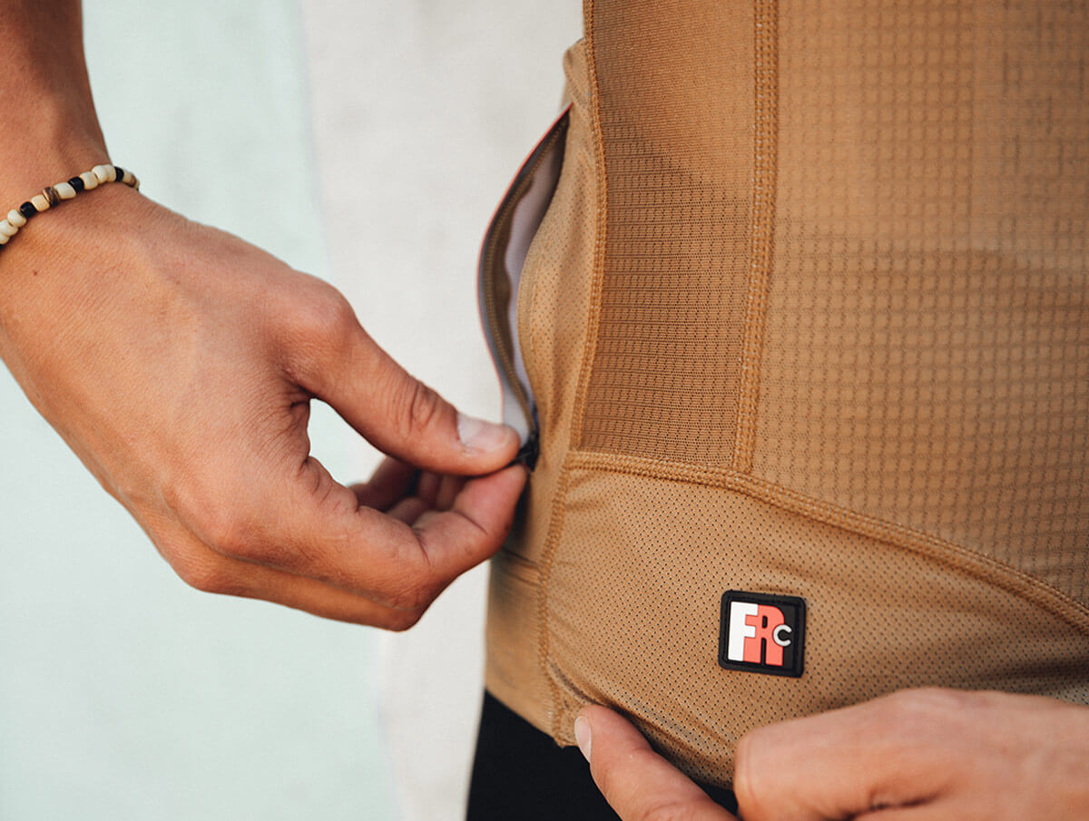 giordana-cycling-jersey-guide-fr-c-med-2